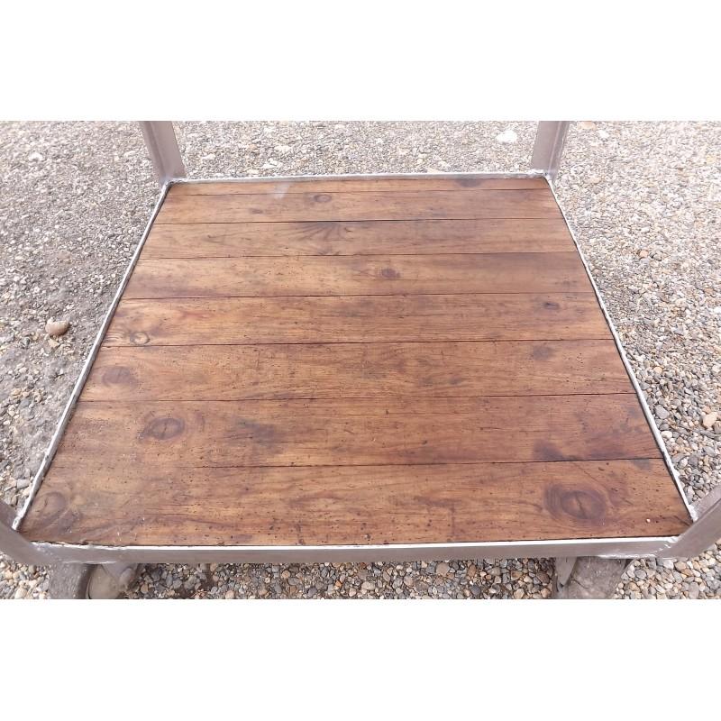 Table industrielle fer et bois for Table bois et fer