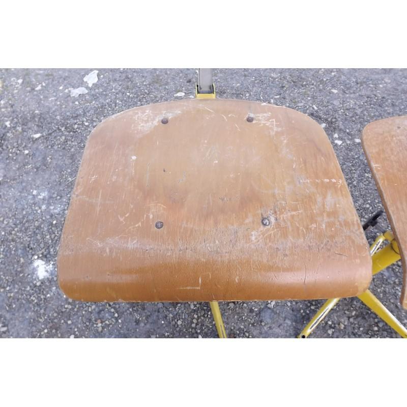 Paire de chaises industrielles fer et bois for Chaise fer et bois